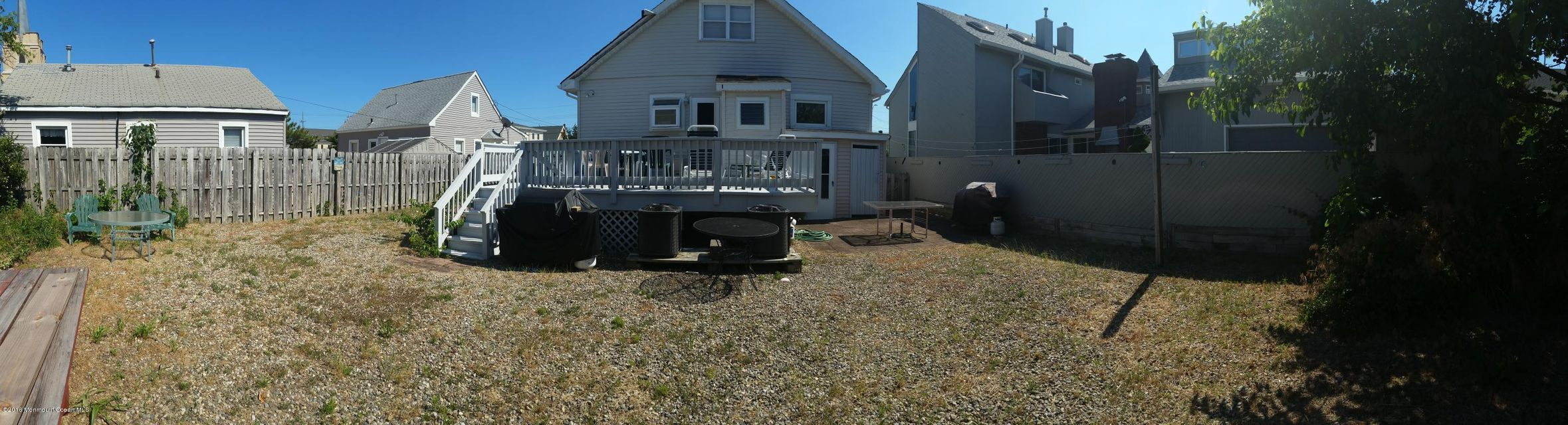 Additional photo for property listing at 105 Philadelphia Avenue  Lavallette, New Jersey 08735 United States