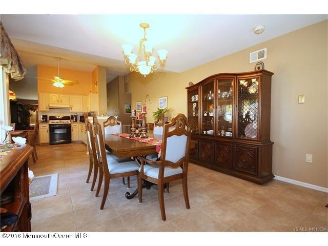 Additional photo for property listing at 223 Danbury Drive  Little Egg Harbor, 新泽西州 08087 美国