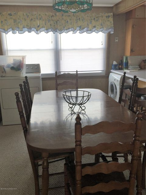 Additional photo for property listing at 10 Pennsylvania Avenue  Lavallette, New Jersey 08735 États-Unis