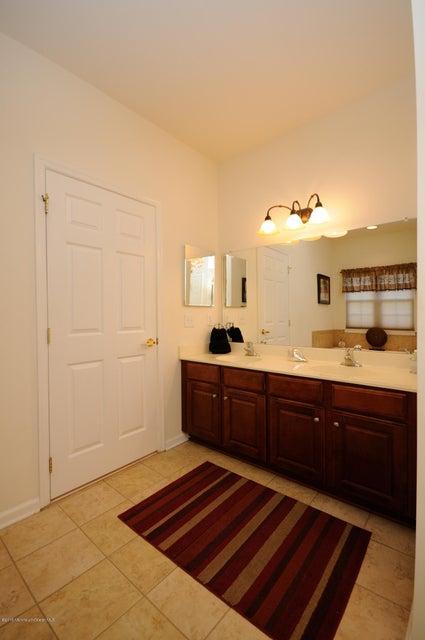 Additional photo for property listing at 10 Kings North Road  Jackson, Nueva Jersey 08527 Estados Unidos
