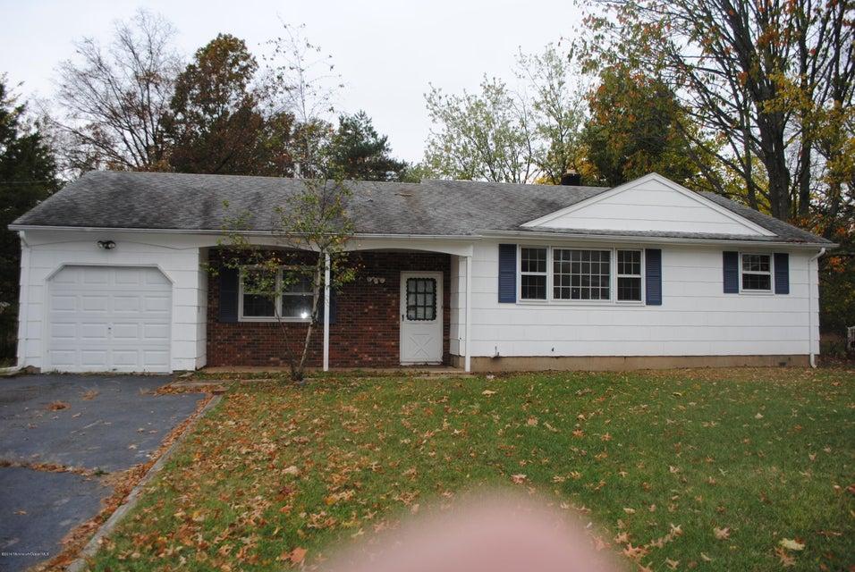 Casa Unifamiliar por un Venta en 162 Randolphville Road Piscataway, Nueva Jersey 08854 Estados Unidos