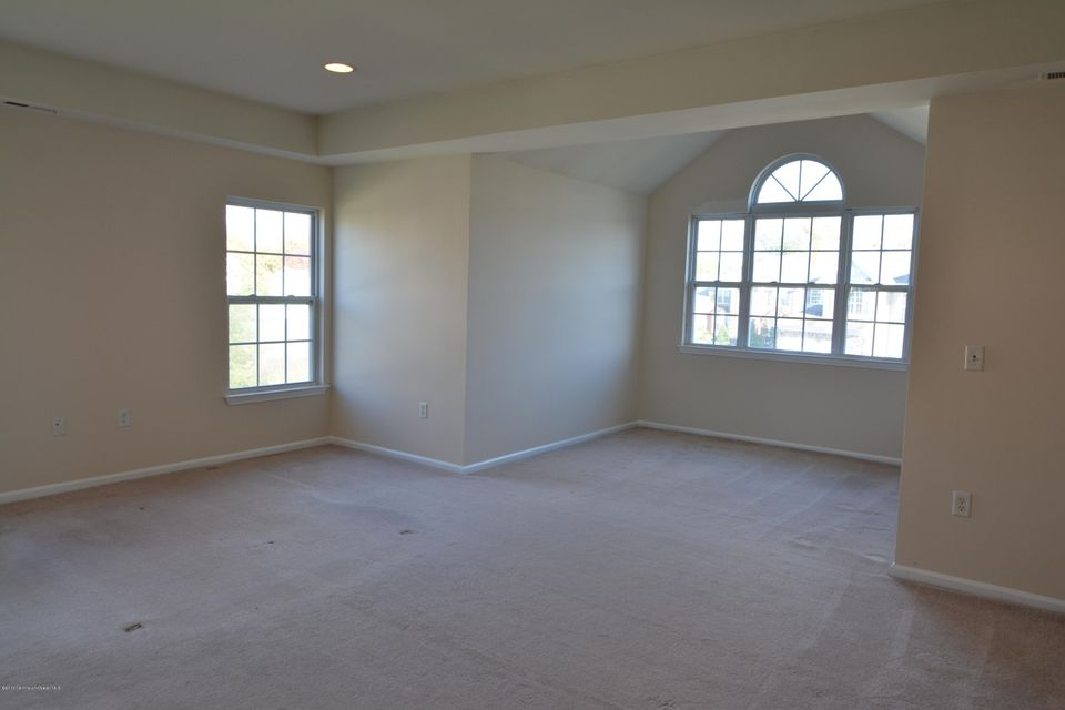 Additional photo for property listing at 6 Churchill Court  Jackson, New Jersey 08527 United States