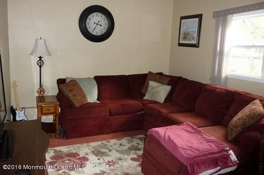 Additional photo for property listing at 99 Maine Street  Toms River, New Jersey 08753 États-Unis