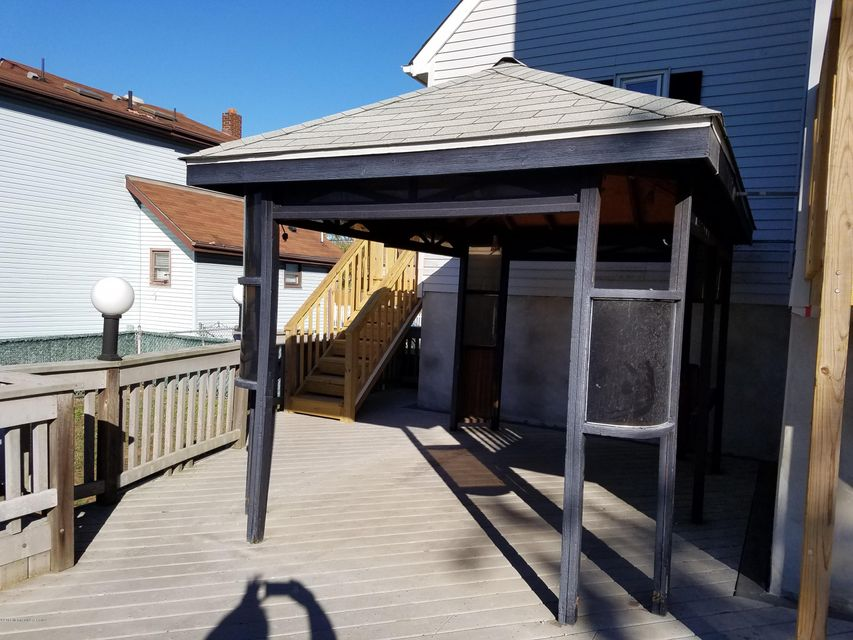 Additional photo for property listing at 406 Central Avenue  Union Beach, New Jersey 07735 United States