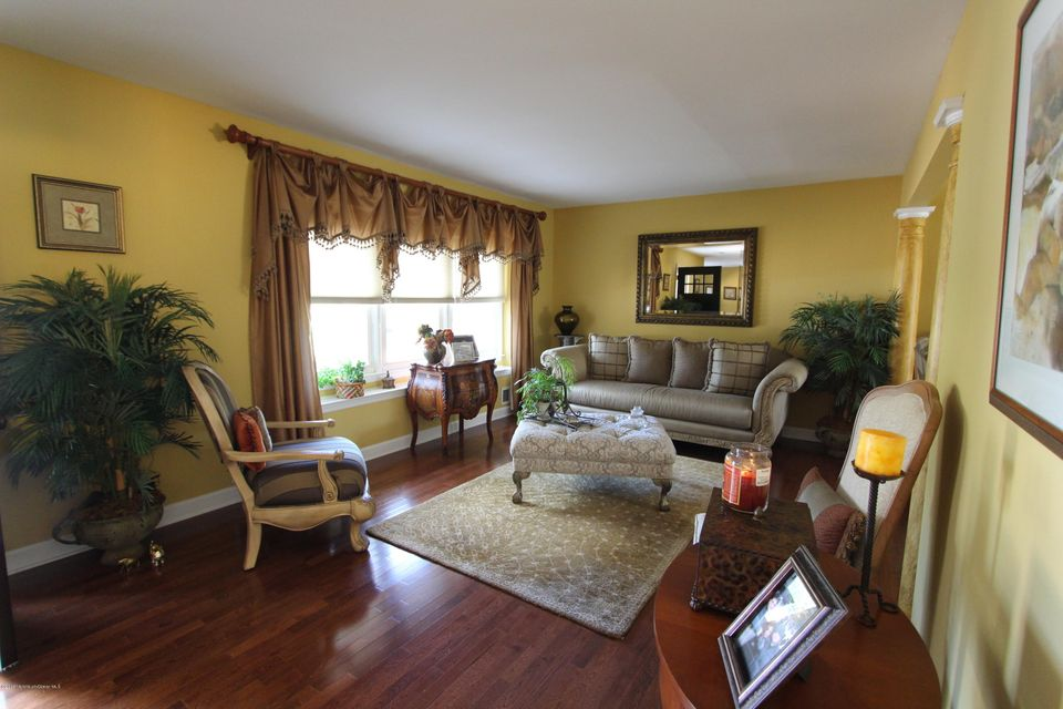 Additional photo for property listing at 270 22nd Avenue  Brick, New Jersey 08724 États-Unis
