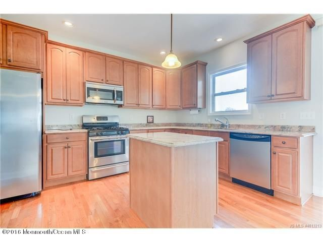 Additional photo for property listing at 913 Meadowlark Drive  Lacey, New Jersey 08734 États-Unis