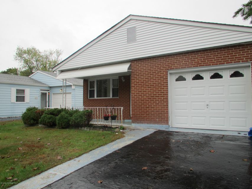 Single Family Home for Sale at 112 Santiago Drive Toms River, New Jersey 08757 United States