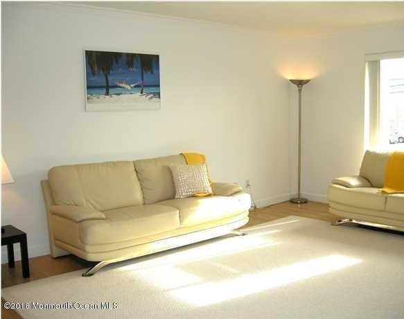 共管式独立产权公寓 为 出租 在 1330 H Street 贝尔玛, 新泽西州 07719 美国