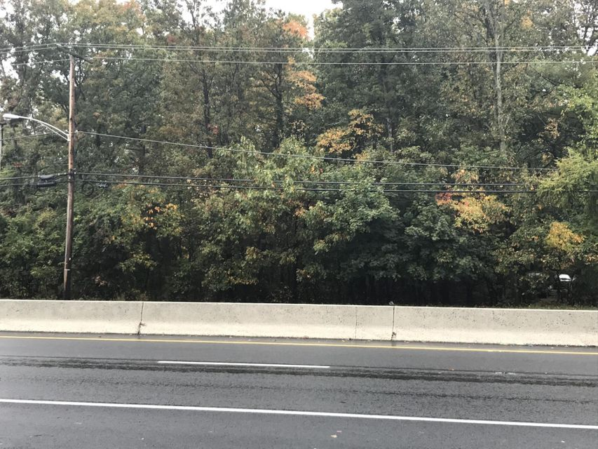 Additional photo for property listing at Us Highway 9  Howell, New Jersey 07731 États-Unis