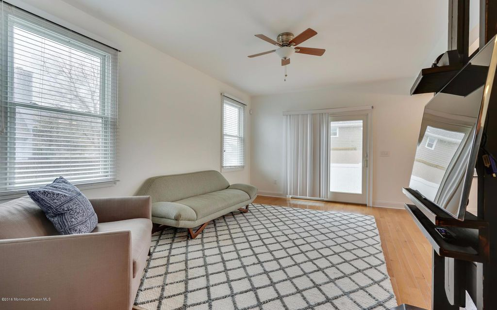Additional photo for property listing at 136 Gary Road  Toms River, Nueva Jersey 08753 Estados Unidos