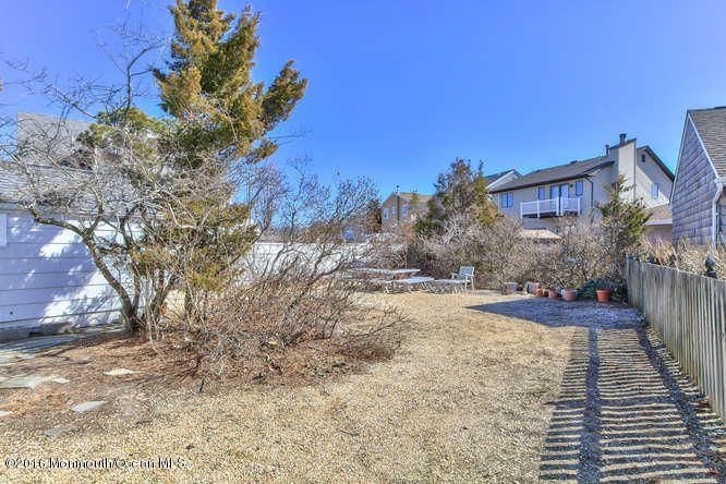 Additional photo for property listing at 108 Pershing Boulevard  Lavallette, New Jersey 08735 United States