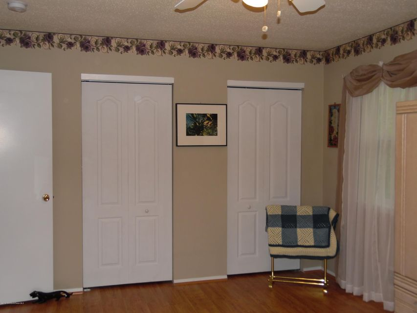 Additional photo for property listing at 25 Kitty Court  Brick, New Jersey 08724 United States