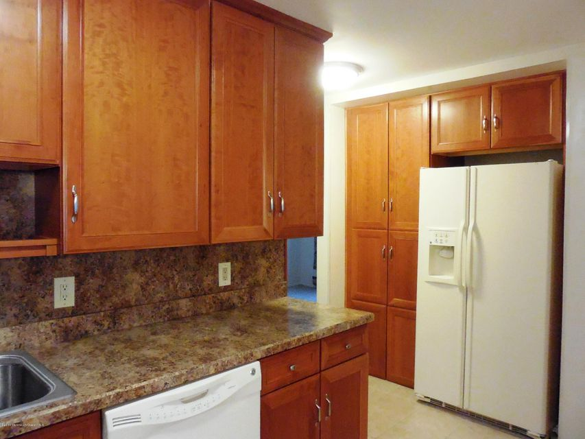 Additional photo for property listing at 48 Maine Avenue  Whiting, New Jersey 08759 United States