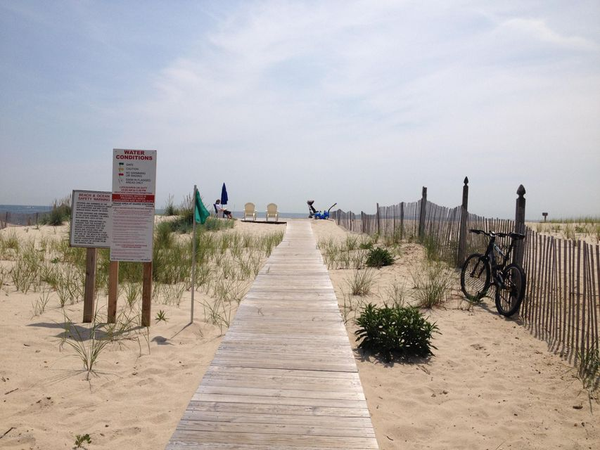 Additional photo for property listing at 416 Elizabeth Avenue  Point Pleasant Beach, New Jersey 08742 United States