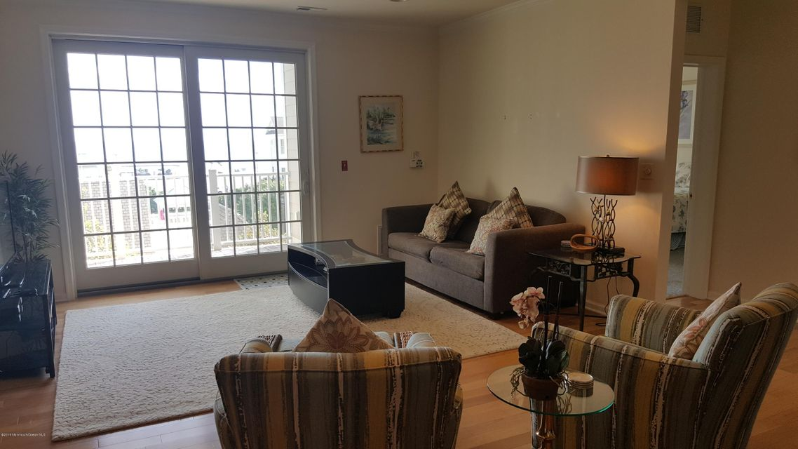 Additional photo for property listing at 22 Cooper Avenue  Long Branch, Nueva Jersey 07740 Estados Unidos