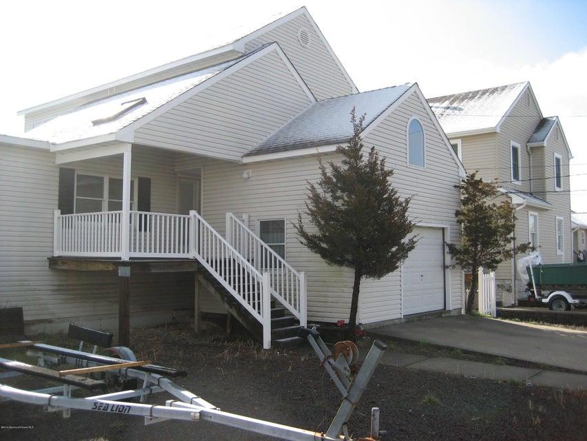 Maison unifamiliale pour l Vente à 1410 Hilo Bay Drive Forked River, New Jersey 08731 États-Unis
