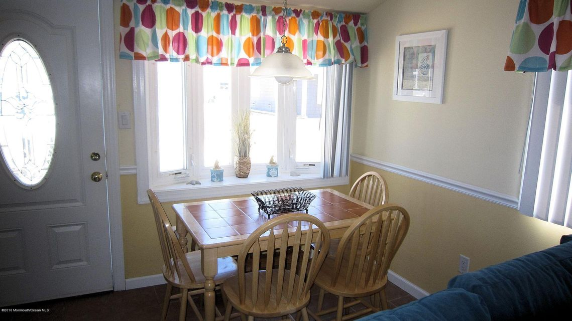 Additional photo for property listing at 32 Amberjack Way  Lavallette, New Jersey 08735 United States