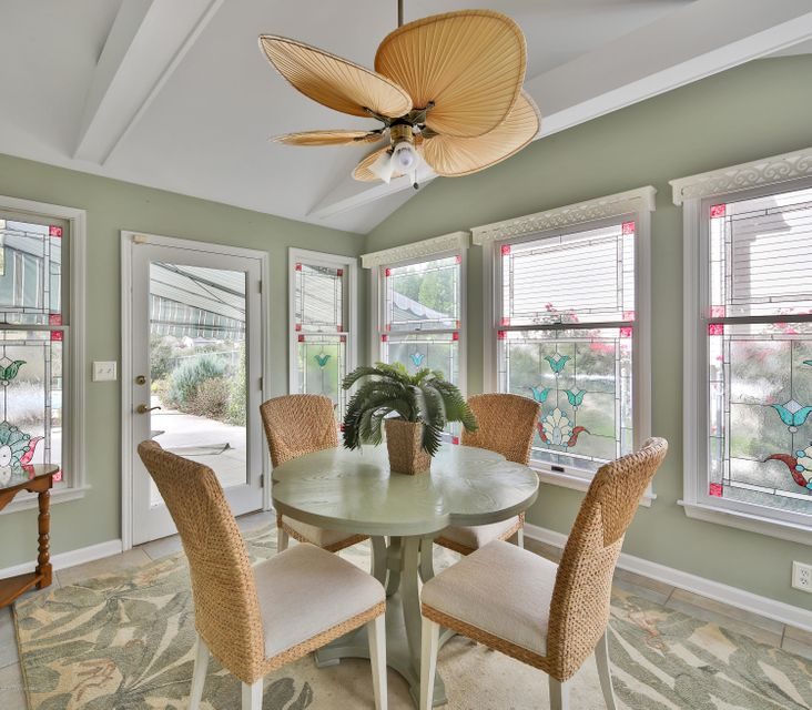 Additional photo for property listing at 25 Allenhurst Avenue  Oceanport, New Jersey 07757 États-Unis