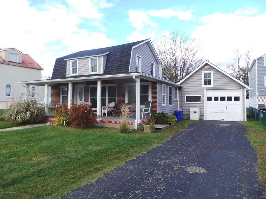 Casa Unifamiliar por un Alquiler en 211 Central Avenue Point Pleasant Beach, Nueva Jersey 08742 Estados Unidos