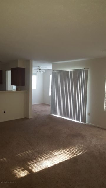 Additional photo for property listing at 912 Waters Edge Drive  Toms River, New Jersey 08753 United States