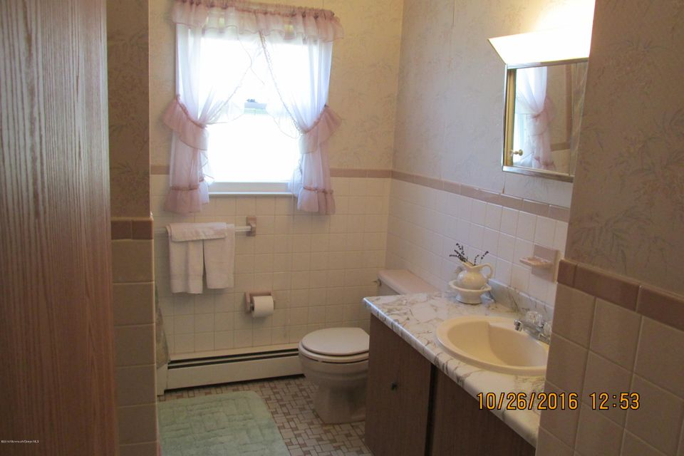 Additional photo for property listing at 18 Killington Road  Berkeley, New Jersey 08721 United States