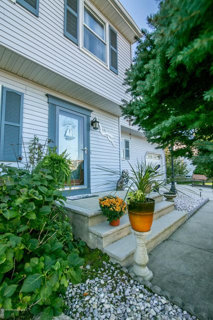 Additional photo for property listing at 109 A Street  Brick, New Jersey 08723 États-Unis