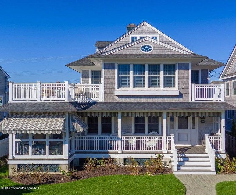 独户住宅 为 销售 在 1004 East Avenue 洛金, 08738 美国