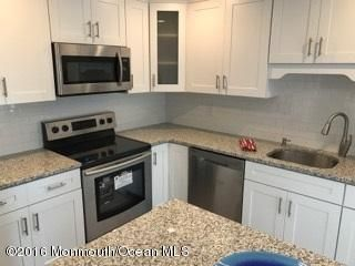 Additional photo for property listing at 13 John Paul Jones Drive  Monroe, New Jersey 08831 États-Unis