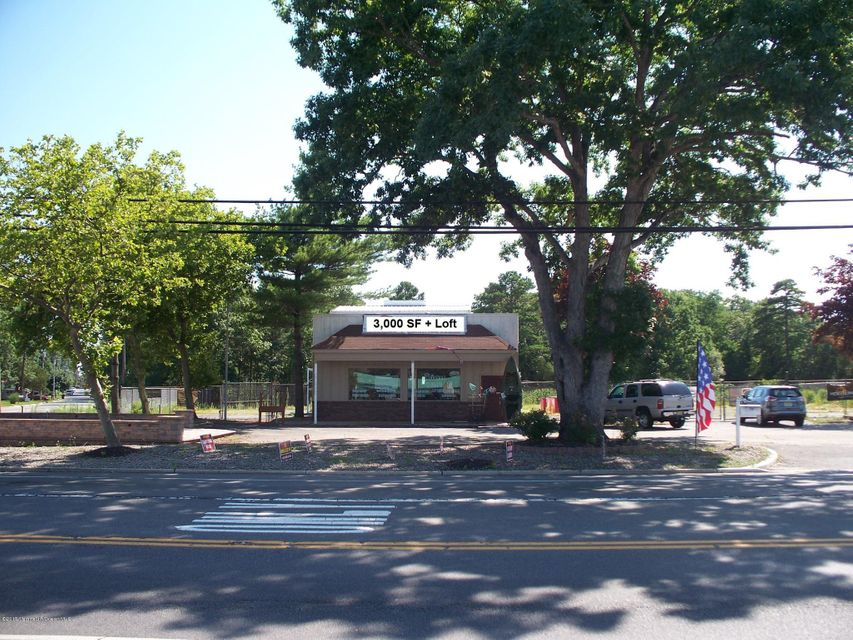 Commercial for Sale at 318 Route 9 Bayville, 08721 United States