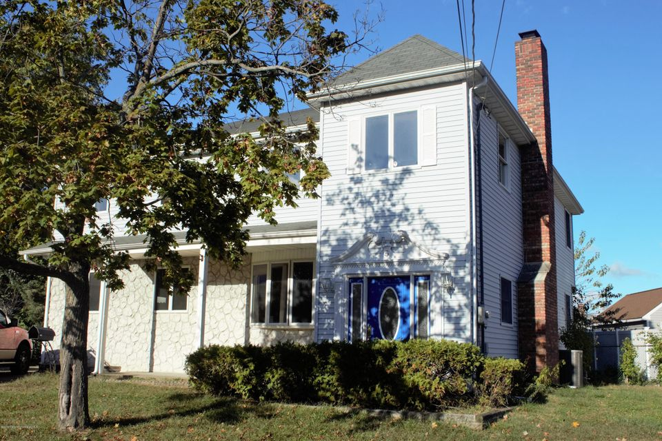 Single Family Home for Sale at 5 David Street Hazlet, 07730 United States