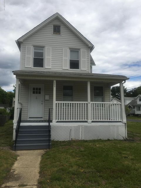 Additional photo for property listing at 323 Roosevelt Avenue  Oakhurst, New Jersey 07755 États-Unis