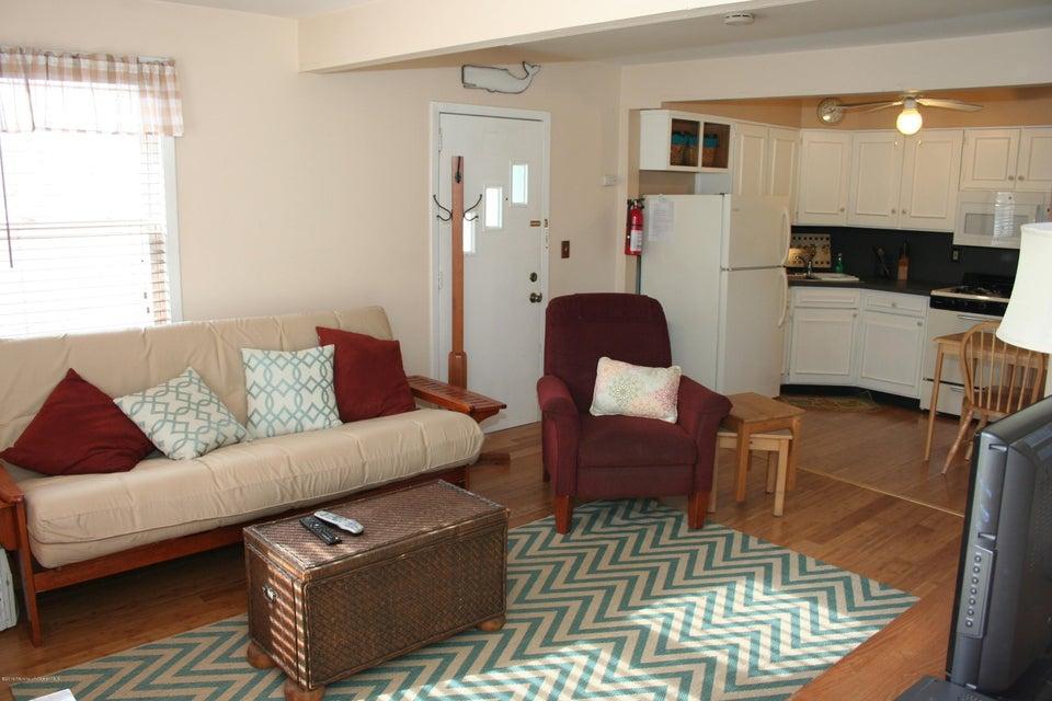 Additional photo for property listing at 904 Ocean Avenue  Belmar, Nueva Jersey 07719 Estados Unidos