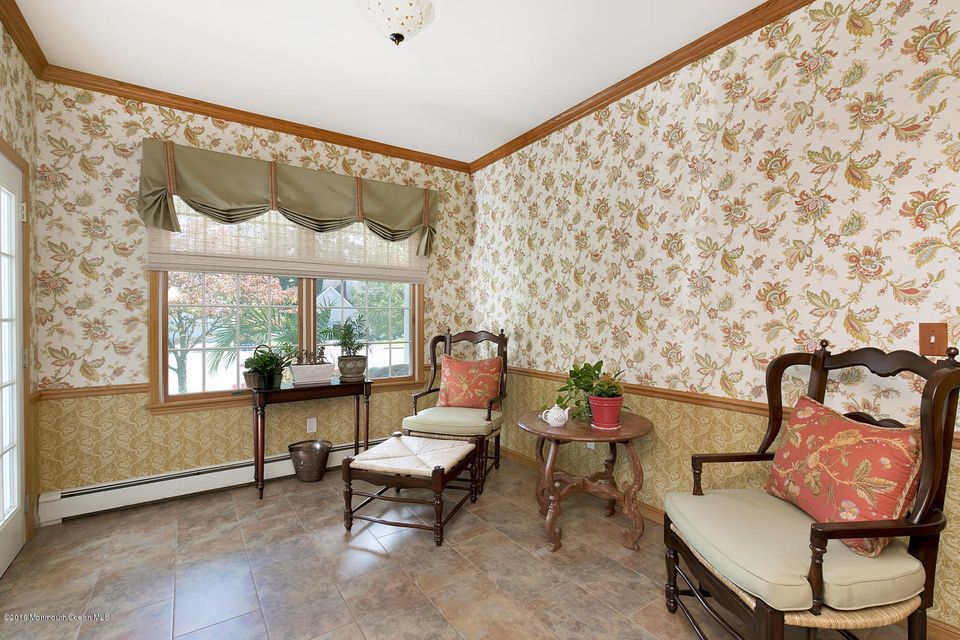 Additional photo for property listing at 7 Sequoia Court  Brielle, Nueva Jersey 08730 Estados Unidos