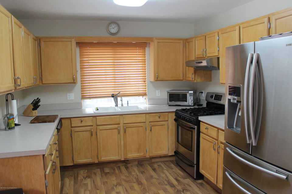 Additional photo for property listing at 21 Sandy Point Drive  Brick, Nueva Jersey 08723 Estados Unidos