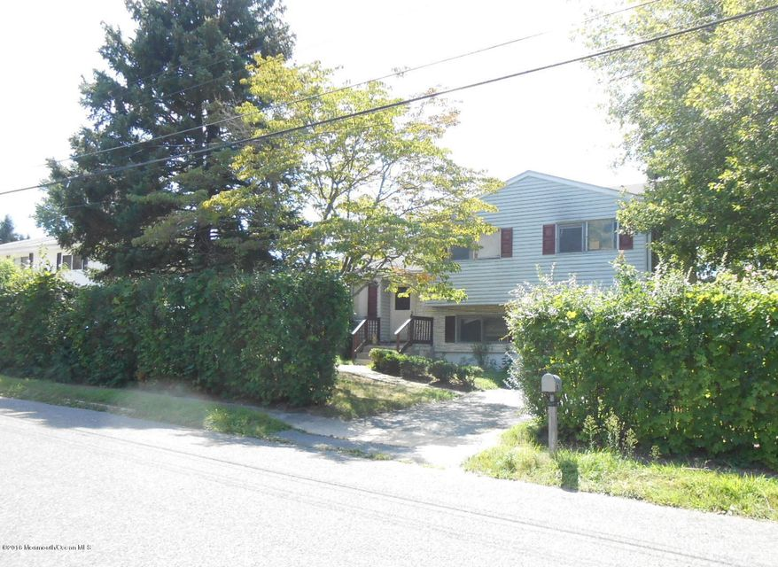 Additional photo for property listing at 913 Ruth Drive  Neptune, New Jersey 07753 États-Unis