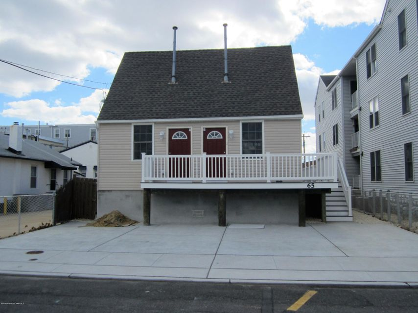 Casa Unifamiliar por un Alquiler en 65 Sampson Avenue Seaside Heights, Nueva Jersey 08751 Estados Unidos
