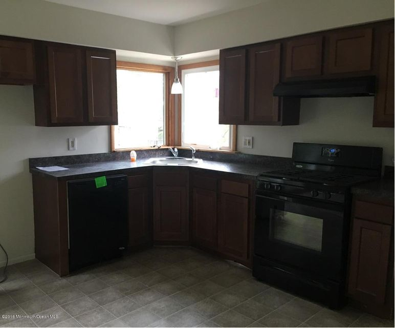 Additional photo for property listing at 25 Lee Avenue  Bayville, Nueva Jersey 08721 Estados Unidos