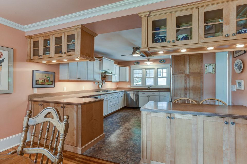 Additional photo for property listing at 447 River Road  Fair Haven, New Jersey 07704 États-Unis