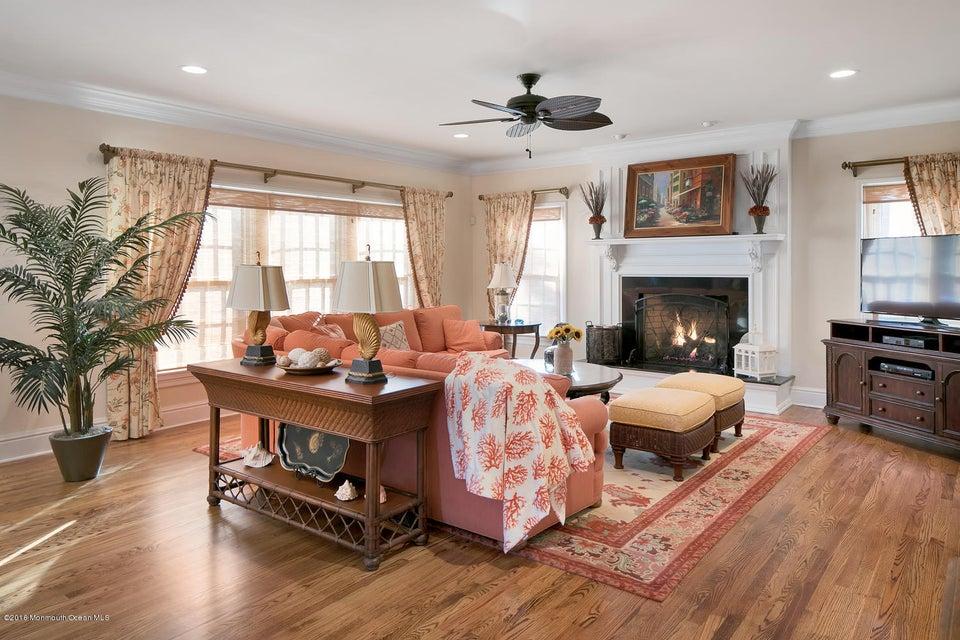 Additional photo for property listing at 201 Vroom Avenue  Spring Lake, Nueva Jersey 07762 Estados Unidos