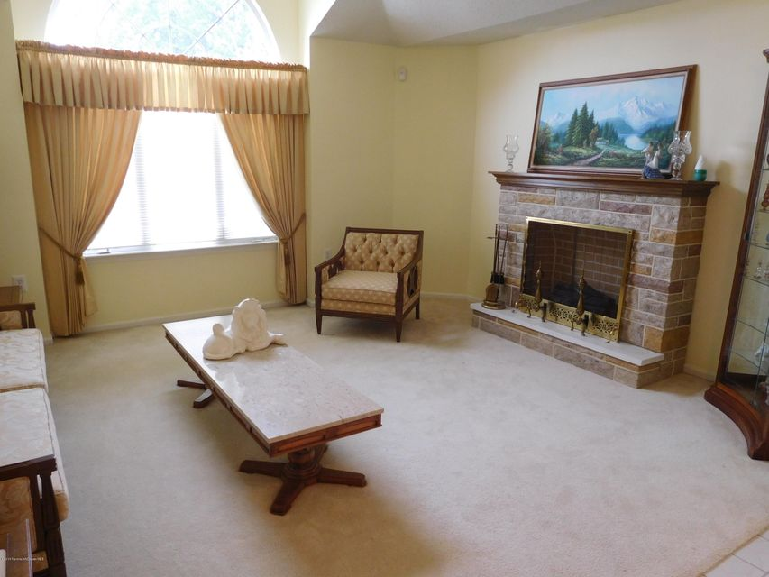 Additional photo for property listing at 18 Oakmont Lane  Jackson, New Jersey 08527 États-Unis