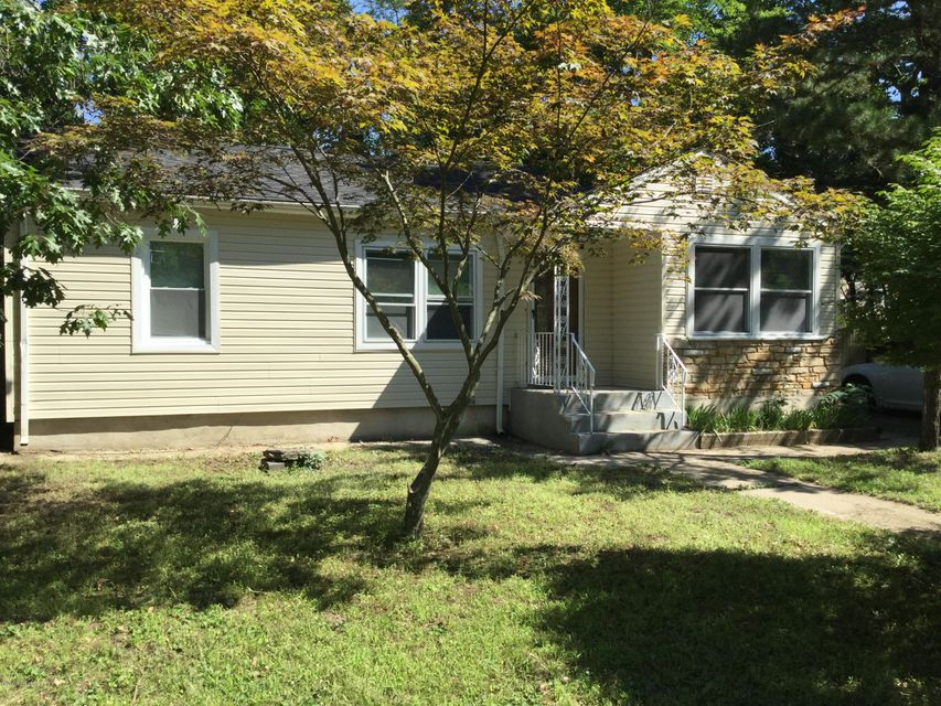 Additional photo for property listing at 12 Lepky Avenue  Cream Ridge, Nueva Jersey 08514 Estados Unidos