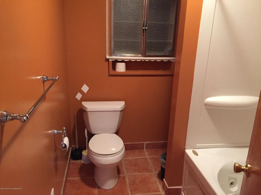 Additional photo for property listing at 309 Surf Avenue  Beachwood, New Jersey 08722 États-Unis