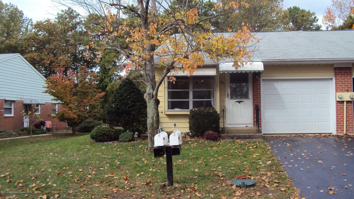 Additional photo for property listing at 88 Yorktowne Parkway  Whiting, Nueva Jersey 08759 Estados Unidos