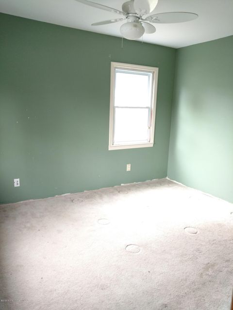 Additional photo for property listing at 3 Trumen Place  Hazlet, New Jersey 07734 United States