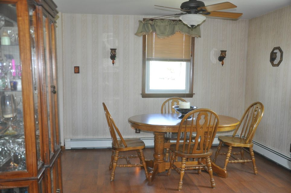 Additional photo for property listing at 37 Oakford Avenue  New Egypt, New Jersey 08533 États-Unis