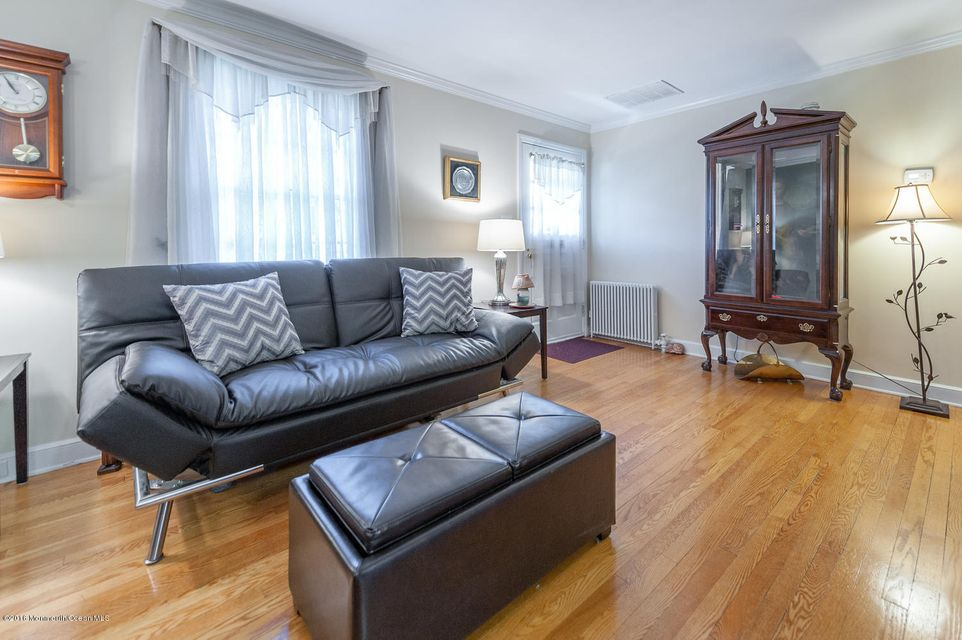 Additional photo for property listing at 6 Alden Terrace  Little Silver, Nueva Jersey 07739 Estados Unidos