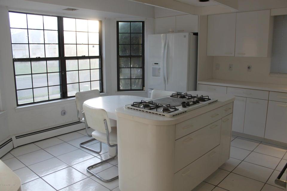 Additional photo for property listing at 108 Murray Hill Terrace  Marlboro, Nueva Jersey 07746 Estados Unidos