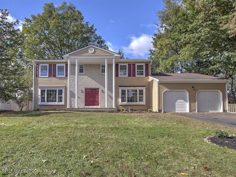 Single Family Home for Sale at 11 Parkside Drive North Brunswick, 08902 United States