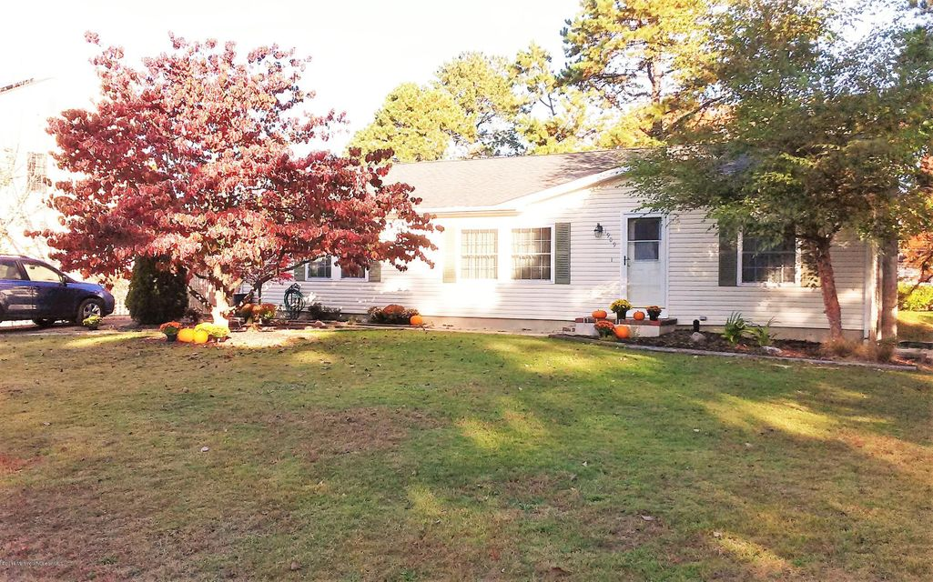 Additional photo for property listing at 1909 1st Avenue  Toms River, New Jersey 08757 États-Unis