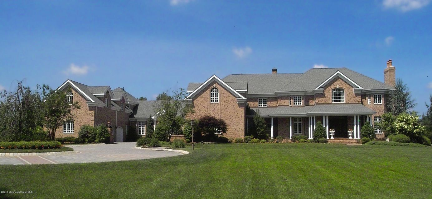 Maison unifamiliale pour l Vente à 69 Cross Road Colts Neck, New Jersey 07722 États-Unis